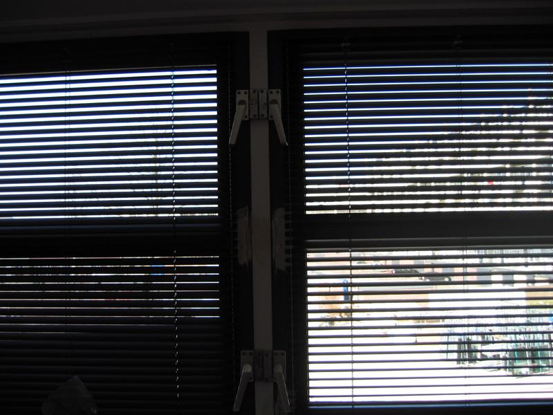 http://www.edlprojectstoffering.nl/afbeeldingen/raamafwerkingbinnen/raamafwerking2.jpg