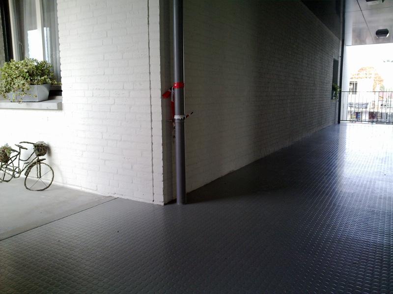 Vloeren Voor Buiten : Edl woning en projectstoffering culemborg rubber vloeren
